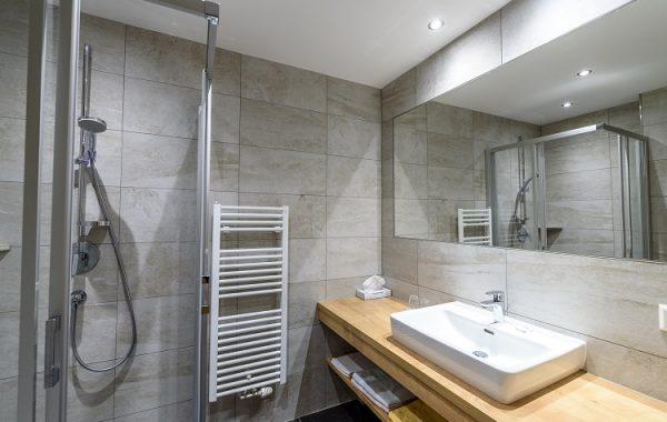 Hotel Taferne-comfort izba kupelňa