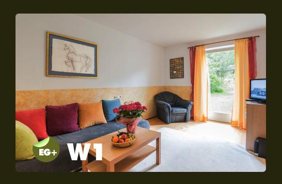 Wohnzimmer mit Ausziehbett für 2 Personen