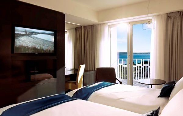 hotel-slovenija-twin-room-seaview-balcony-16