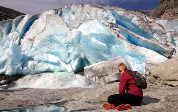NO - pod ledovcem Nigardsbreen - Dekan