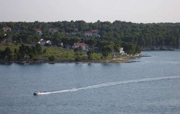 Milna zátoka, ostrov Brač