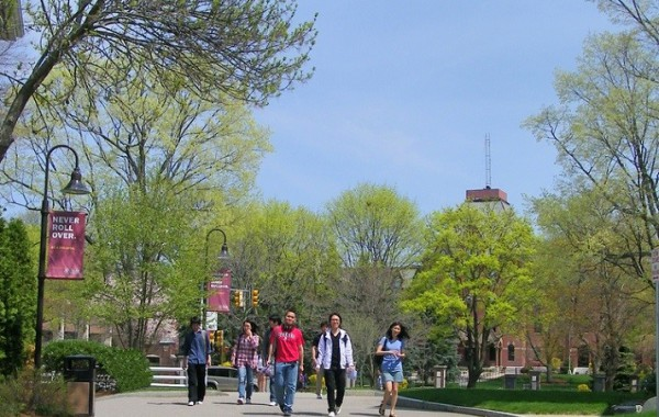 Jazykový kurz angličtiny, Dean College, Boston