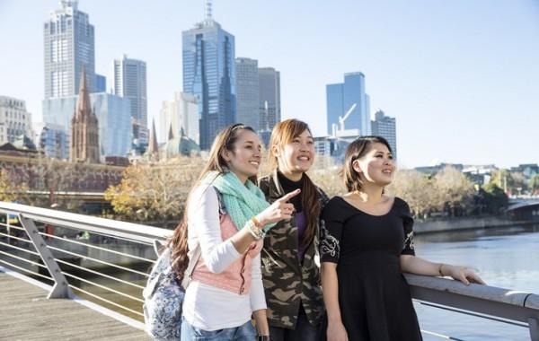 Jazykový kurz 18+, Melbourne