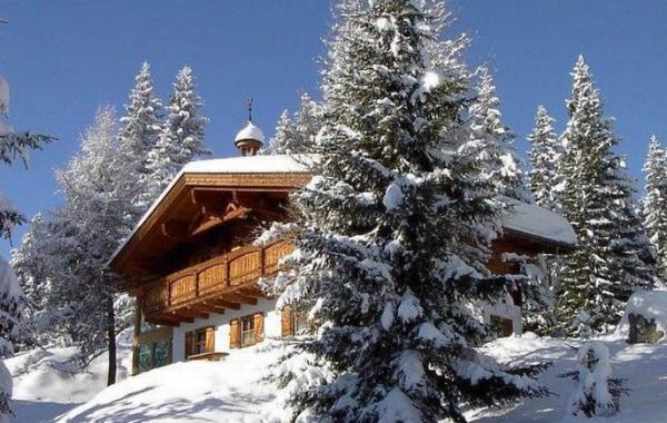 Zettersfeld Chata, Zettersfeld Hochstein lyžiarske stredisko, zimna foto z vonka