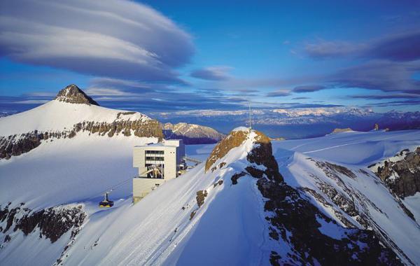 Les Diablerets, Glacier 3000 , Lyžovačka vo Švajčiarsku