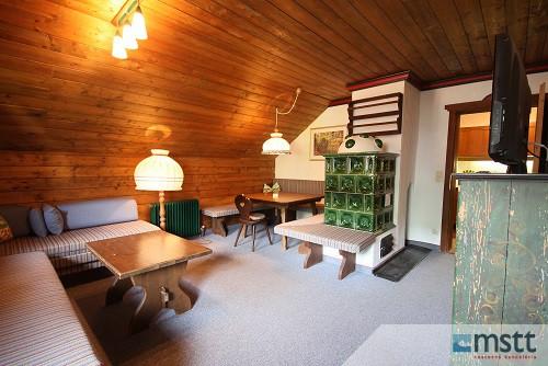 Wohnzimmer mit Essecke OG._Tal