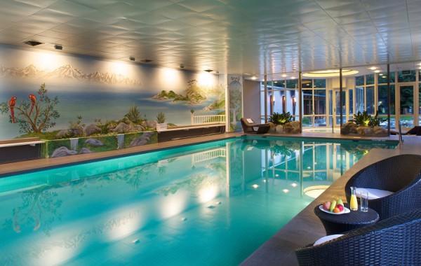 Schwimmbecken - Swimming Pool