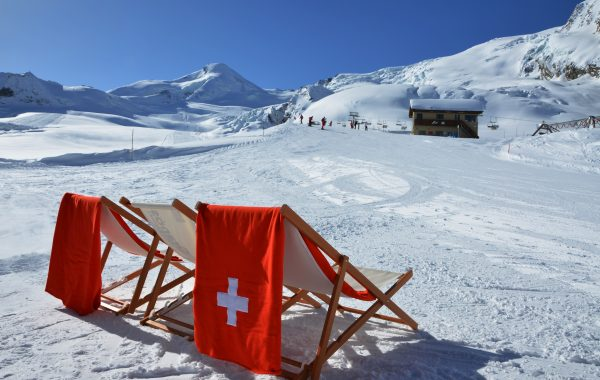 Saas-Fee_winter_slopes_5